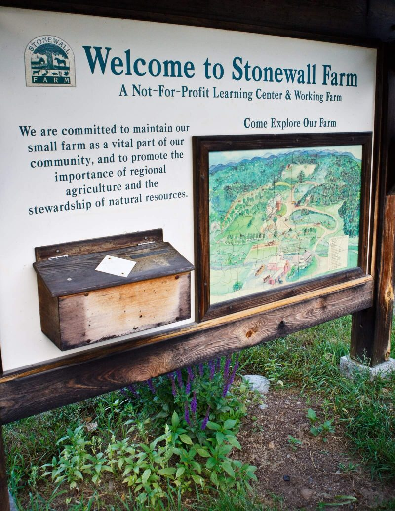 Welcome sign for stonewall farm